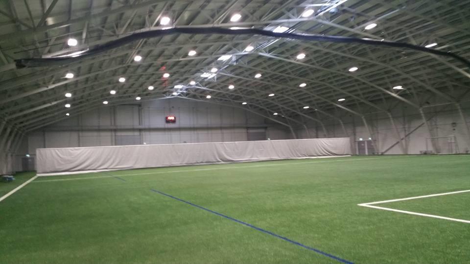 Sandarhallen - oppvarmet kunstgresshall 70 x 50 meter